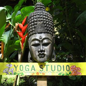 Yoga in Costa Rica 1