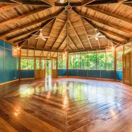 Yoga in Costa Rica 17
